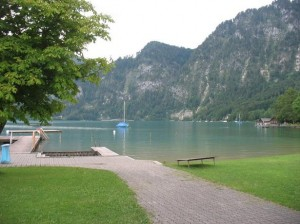 Strand pe lacul Attersee